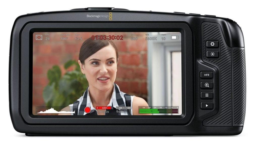 Blackmagic 4K Pocket Cinema Cameran viiden tuuman kosketusnäyttö.