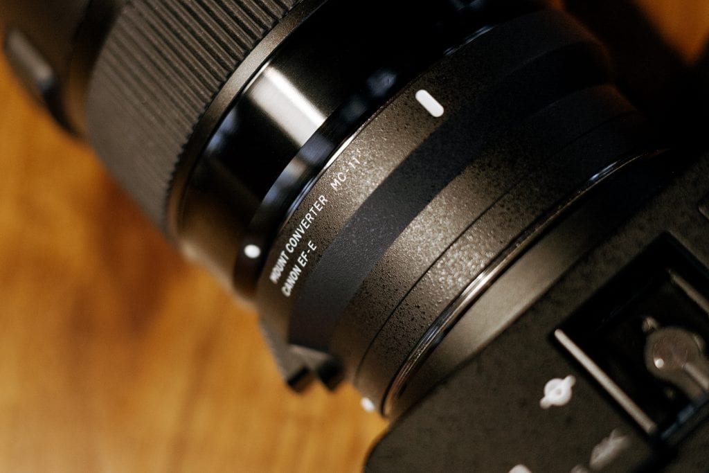 Sigma MC-11 adapteri/objektiivisovitin.